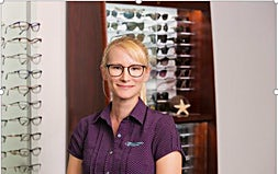 profile photo of Leah Meulendjiks Optometrists Kay Street Eyecare
