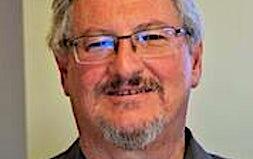 profile photo of Peter Choc Optometrists Gladstone Vision