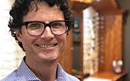 profile photo of Bjorn Russell Optometrists OptiCentre