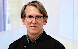 profile photo of Dr Darren Thrift Dentists Totally Smiles Geelong