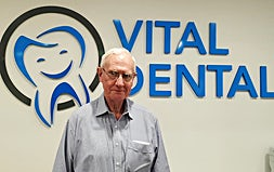 profile photo of Dr Ross Toll Dentists Vital Dental-Randwick